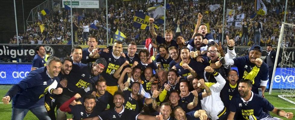 Impresa storica del Parma: torna in A dopo tre promozioni di fila