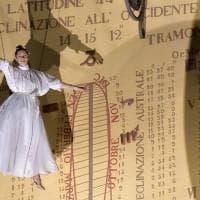 Parma con il naso all'insù per La Notte del Terzo Giorno - Foto