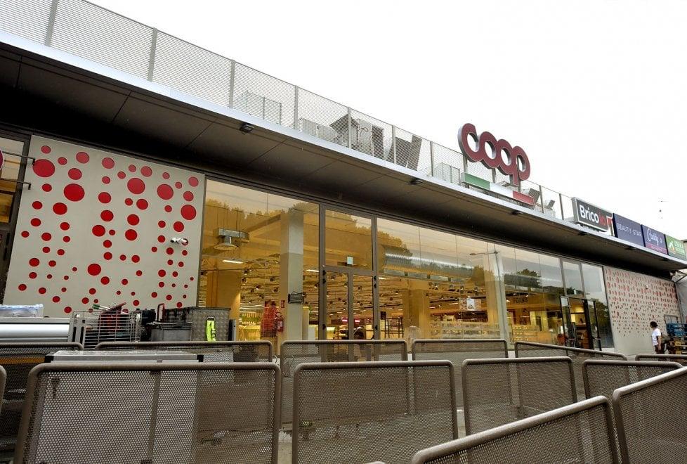 Commercio, ecco la nuova Coop di via Gramsci a Parma - Foto