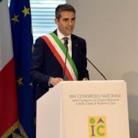 Mattarella a Parma, il saluto del sindaco Pizzarotti