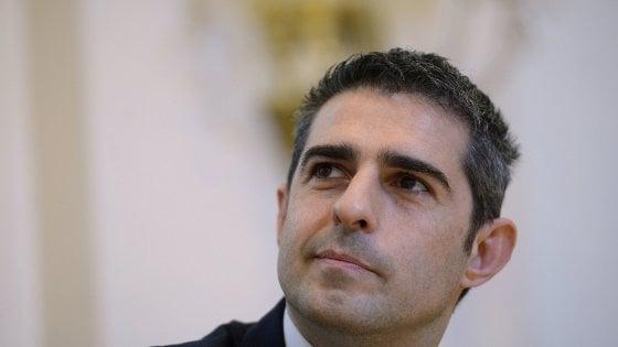 Parma, terza indagine coinvolge Pizzarotti: abuso d'ufficio