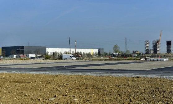 """Esposto mall e aeroporto a Parma, Comune: """"Noi corretti e trasparenti"""""""