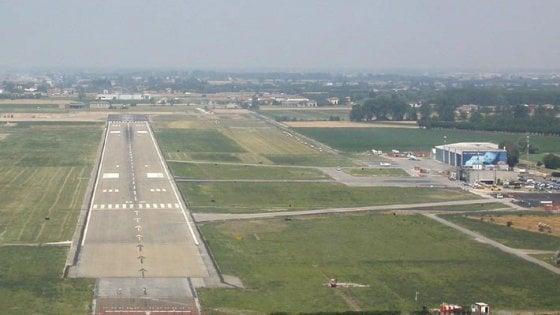 Aeroporto e mall a Parma: lettera di Enac accende il Consiglio comunale