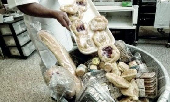 Parma, Comune cambia idea: niente più studio su povertà e spreco alimentare