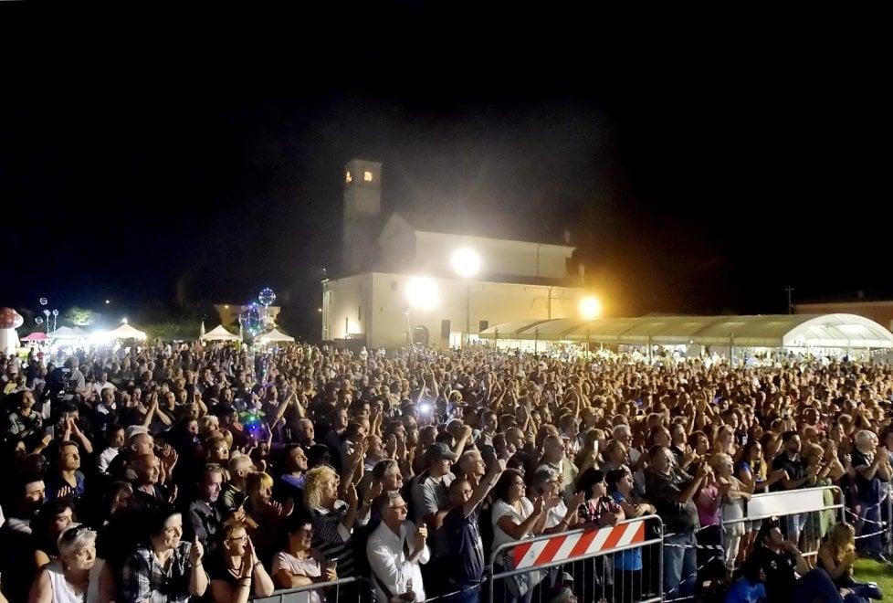 Salvini, bagno di folla alla festa della Lega a Fontevivo - Foto