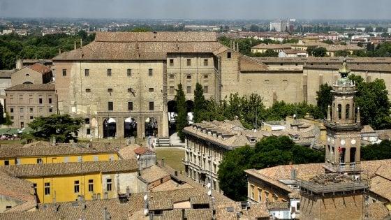 """Parma, nel 2035 popolazione più anziana e meno produttiva. """"Immigrazione è una risorsa"""""""