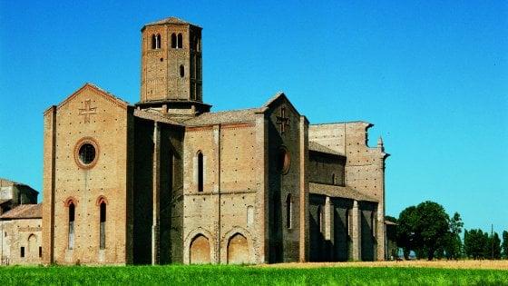 Cresce il turismo in abbazie e monasteri. Parma sede della rete italiana