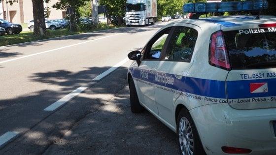 Parma, fermato dalla polizia un camionista alla guida da 28 giorni di fila
