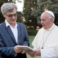 Wim Wenders a Parma per il film su Papa Francesco