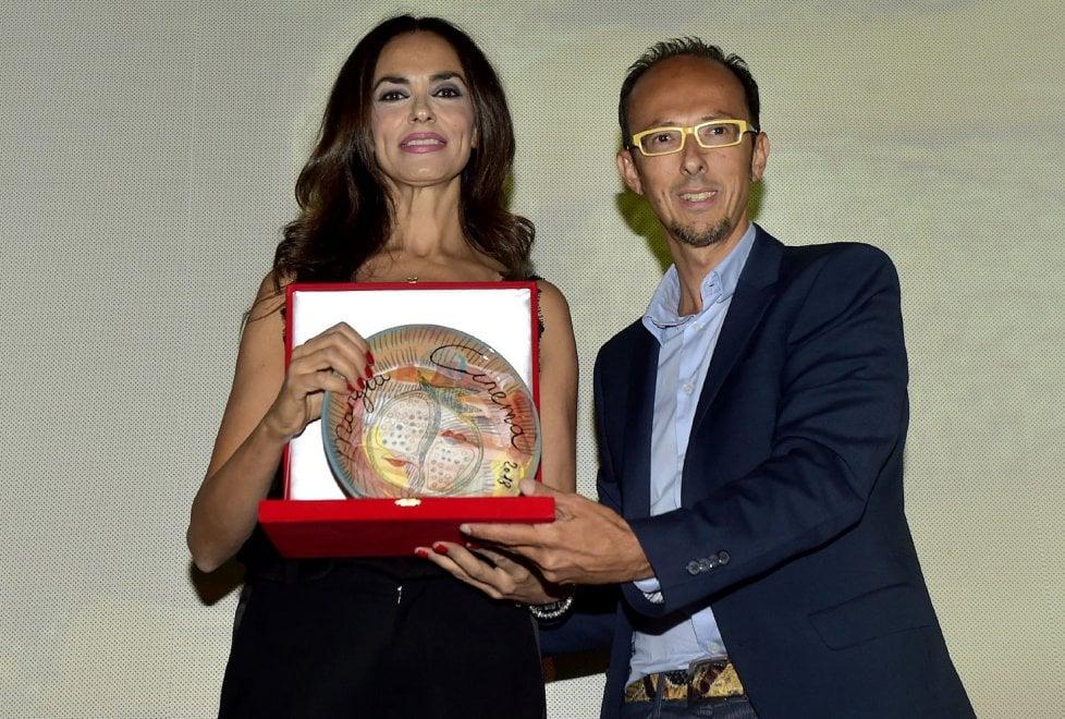 Mangiacinema, premio alla carriera a Maria Grazia Cucinotta