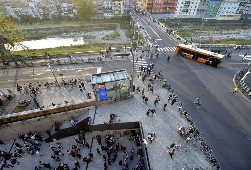 Parma festeggia: riaperto il Ponte Romano - Foto