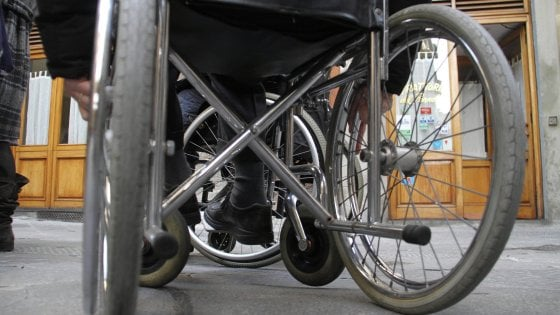 """Anmic Parma contro l'Inps:  """"Vuole una taglia sui disabili"""""""