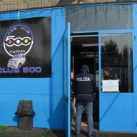Aggressione a bottigliate fuori dal locale: stop del questore al Club 500