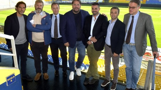 """Nuovo Inizio si riprende il Parma. """"Amiamo il club, scelta di responsabilità"""""""