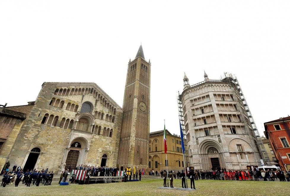 Unità nazionale e Forze armate: le foto della cerimonia a Parma