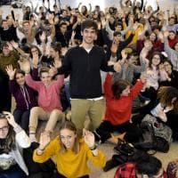 Parma, studenti a lezione dal coetaneo Mazzariol - Foto