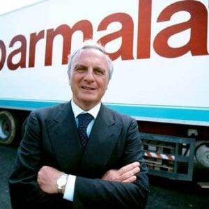 Quindici anni fa il crac Parmalat: quando l'Italia rimase senza latte
