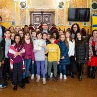 Parma, gli alunni della 5C dell'Albertelli ricevuti da Pizzarotti - Foto
