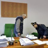 Tribunale, l'allarme bomba è un bluff: il sopralluogo dei carabinieri - Foto