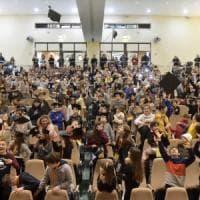 Il lancio dei tocchi: a Parma la festa dei 330 piccoli neodottori