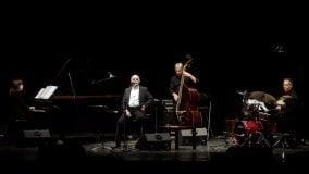 Gino Paoli in concerto: applausi  al teatro Nuovo di Salsomaggiore