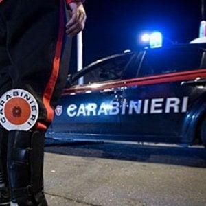 Berceto, rimuove auto dopo lo schianto: scoperto senza patente, 5mila euro di multa