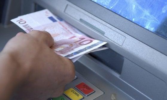 Parma, anziano derubato del bancomat mentre era ricoverato: eredi risarciti