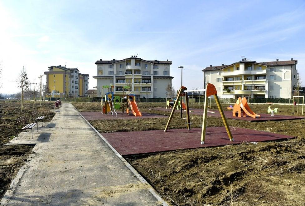 Via Budellungo, un nuovo parco giochi per il quartiere - Foto