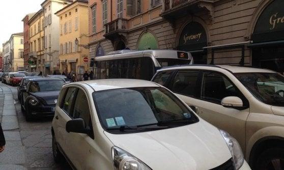 """Parma, l'appello della scuola alle famiglie: """"Liberiamo l'aria, lasciate l'auto a casa"""""""