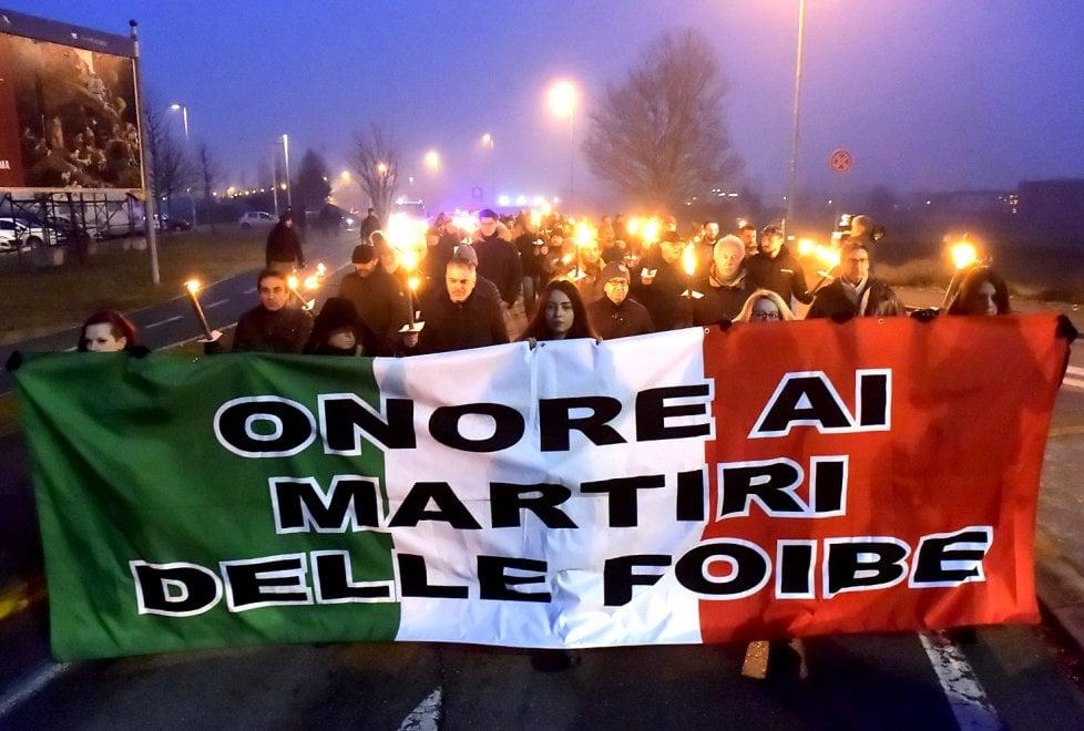 Giorno del Ricordo a Parma: fiaccolata di CasaPound e presidio antifascista - Foto