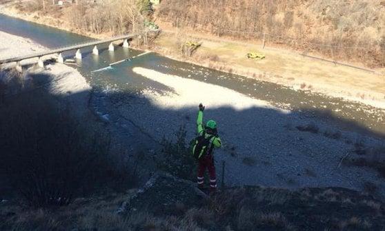 Operaio in arresto cardiaco sulla parete rocciosa: intervento salvavita dell'elisoccorso di Parma