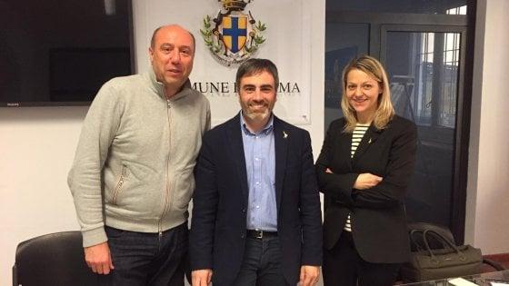 """Parma, la Lega attacca Pizzarotti: """"Sindaco assente, città trascurata"""""""