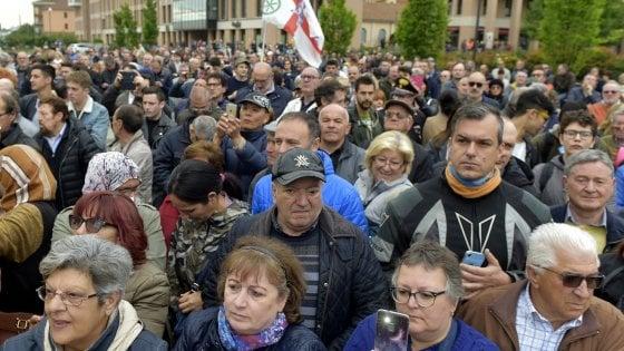 Spray urticante al comizio di Salvini a Fidenza