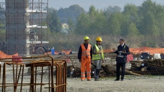 """Mall e aeroporto, il Comune si affida al super consulente per """"superare lo stallo"""""""