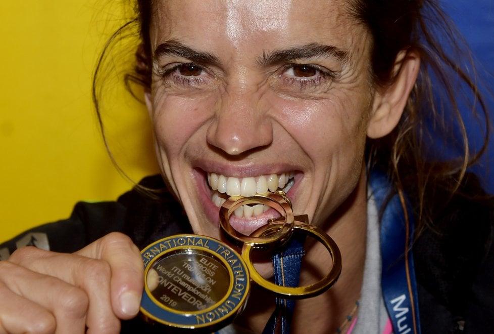 Triathlon cross, la campionessa Peroncini premiata in Comune a Parma - Foto