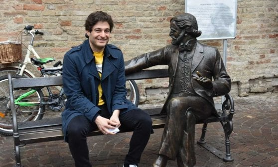 Talking Teens: a Parma le statue parlano