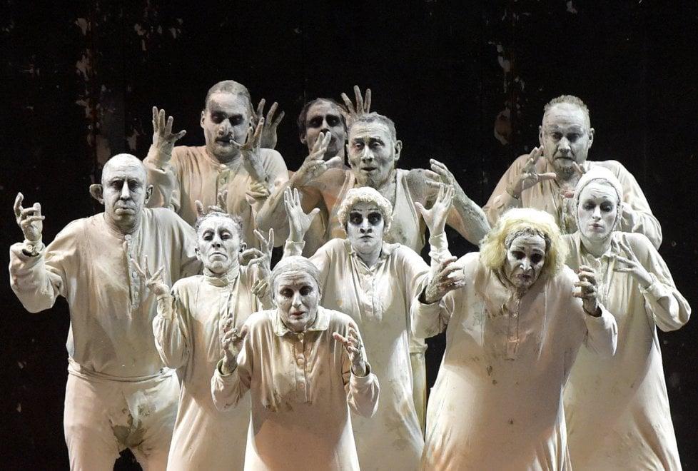 May B: l'ovazione dell'Arena Shakespeare per Maguy Marin - Foto