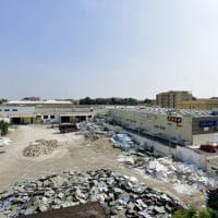 Ex Mercatone Uno di via Fleming: iniziati i lavori di demolizione - Foto