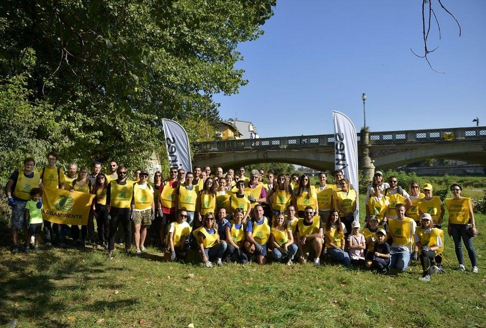 Torrente Parma più pulito grazie a volontari, studenti e lavoratori - Foto