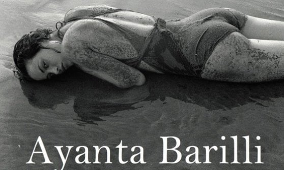 Un mare viola scuro. Dalla Spagna a Parma: Ayanta Barilli dà voce ai fantasmi del passato