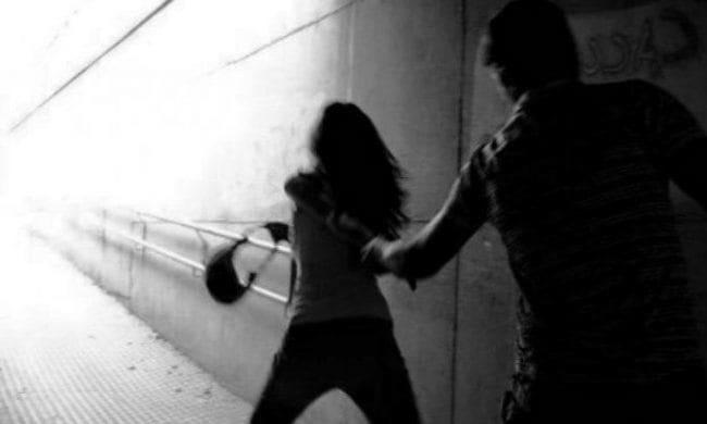 Molestie alla ex: 20enne arrestato per stalking a Parma