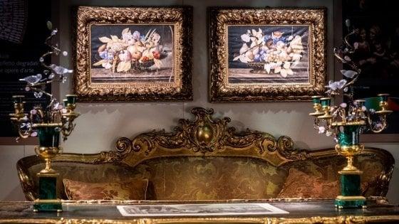 Parma, a Mercanteinfiera autunno la poetica del tacco, fotografia e arte