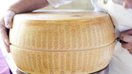 """Dazi, il Consorzio del Parmigiano: """"A rischio il 90% del giro d'affari negli Stati Uniti"""""""