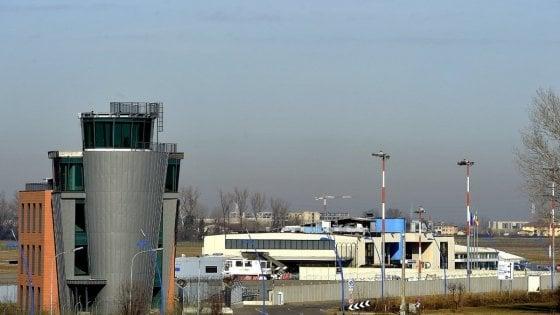 Parma, fumata bianca al Verdi: sottoscritto l'aumento di capitale per l'aeroporto