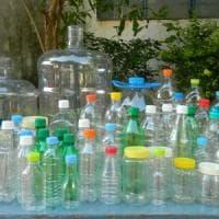 Parma, arrivano gli ecocompattatori per recuperare e riciclare le bottigliette