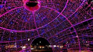 Attrazione luminosa in piazzale Picelli