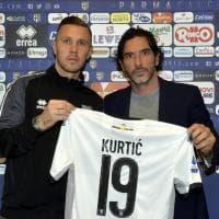 Parma, Jasmin Kurtic sceglie la maglia numero 19 - Foto