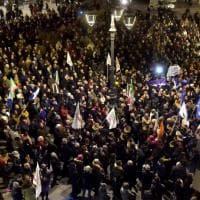 Regionali, Bonaccini chiude la campagna elettorale a Parma: piazza gremita