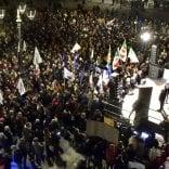 Bonaccini, piazza piena -  Foto    Attacco a Salvini e Borgonzoni -  Vd