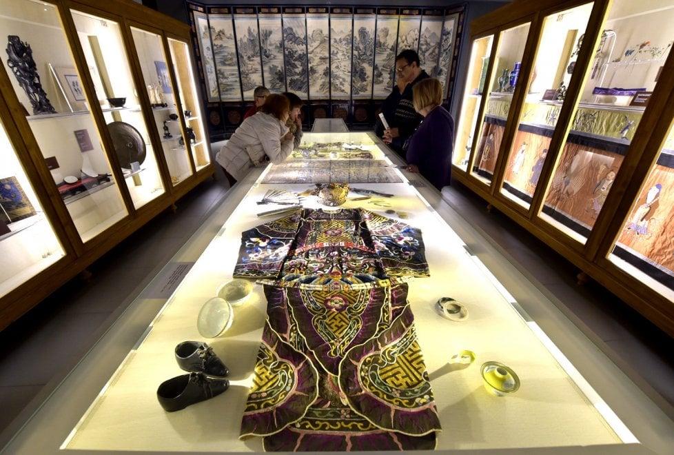 Parma, il museo Cinese diventa un atlante dell'abbigliamento - Foto